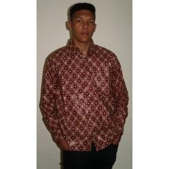 Brun langærmet skjorte