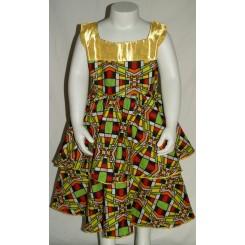 Kjole med gullig satin bånd