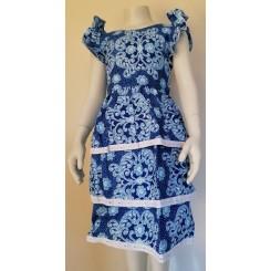 Blålig blomstret kjole