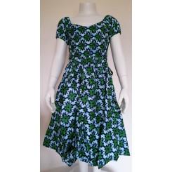 Grøn blomstret kjole