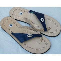 Sandaler med blåt bånd