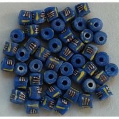 Blå mellemstore perler