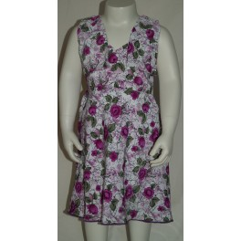 Lilla blomstret kjole